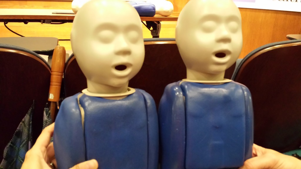 Two-CPR-Dolls