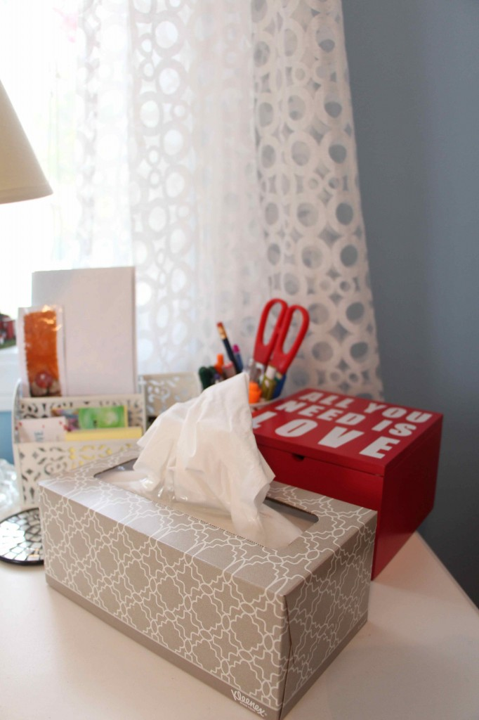 After-Taupe-Kleenex-Office-Closeup